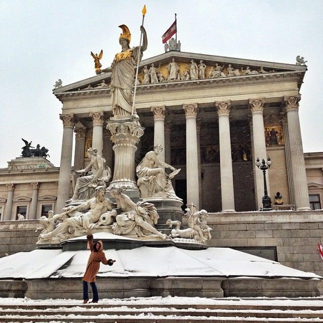 Viyanadaki Parlamento binasi Neoklasik mimari üslupta yapilmis..