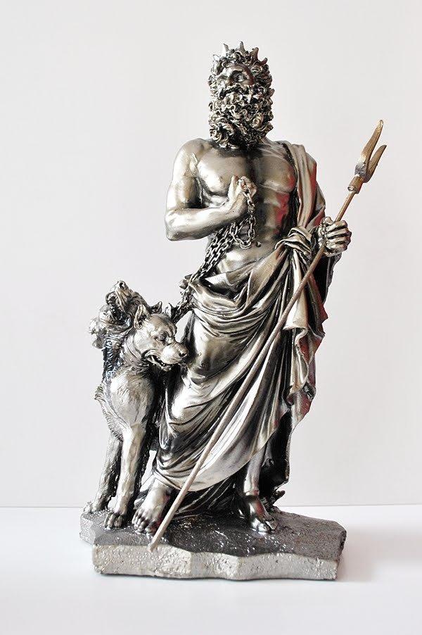 Hades ve Köğeği Kerberos.