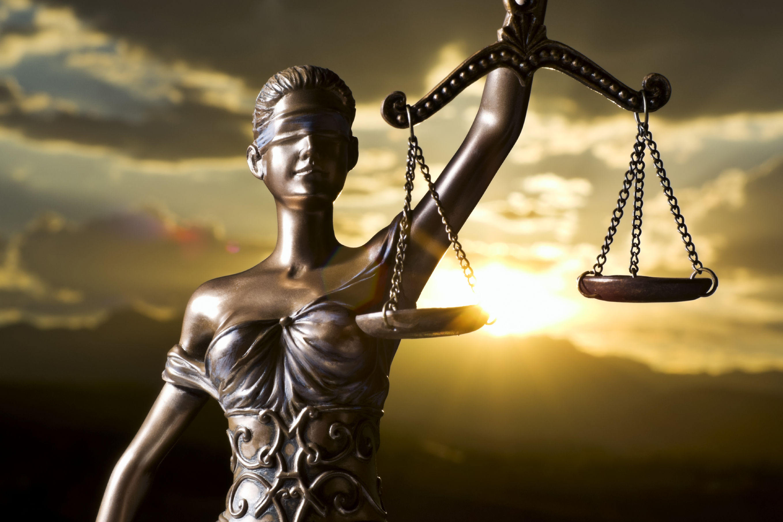 Adaleti simgeleyen themis